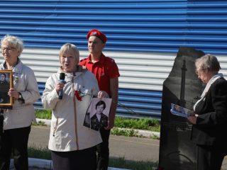 Раиса Тимофеевна Жукова и Галина Николаевна Боровикова детьми пережили блокаду Ленинграда, потеряли родных, но сохранили память о них