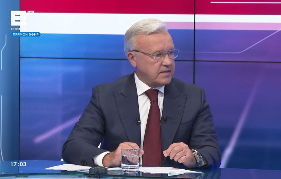 Жители Красноярского края прислали губернатору около трех тысяч вопросов