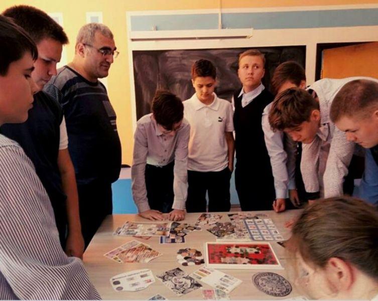 Красноярских школьников научат считать деньги