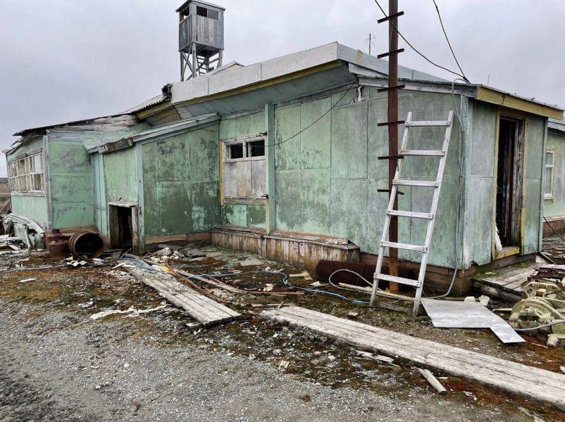 На севере Красноярского края ученые обнаружили здание, построенное с помощью медных гвоздей