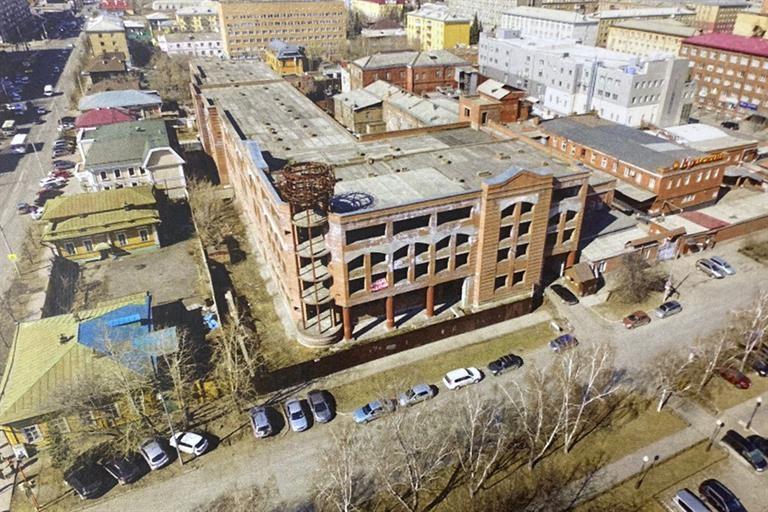 Недострой «Краскона» в центре Красноярска предложили реконструировать и превратить в бизнес-центр