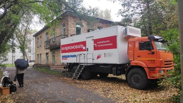 Мобильная поликлиника ведет прием в Шушенском районе