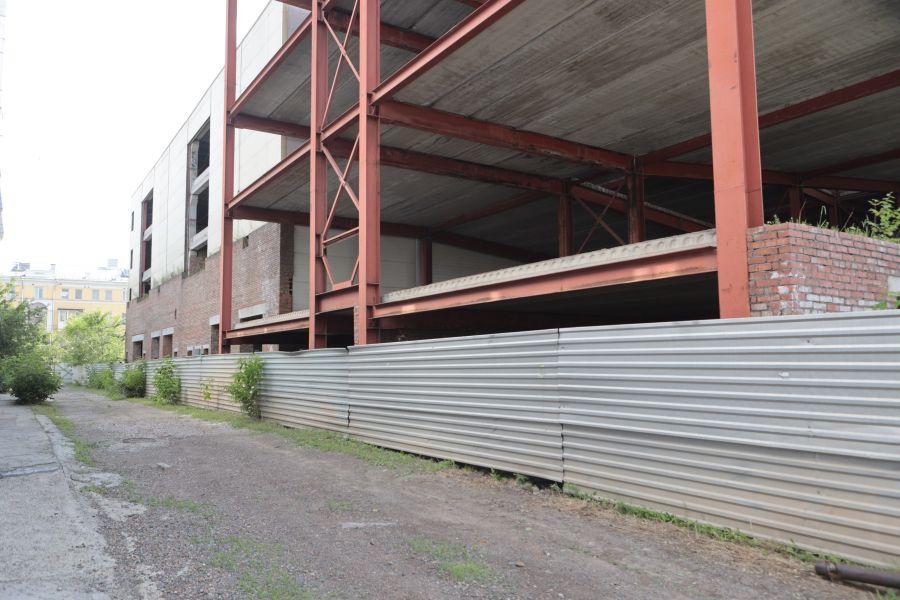 В Красноярске до 14 сентября будут искать строителя парковки у «Кванта» за ₽444,6 млн